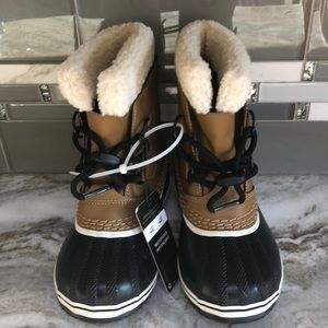 Sorel Caribou Boots New toddler sz 12 Insulated